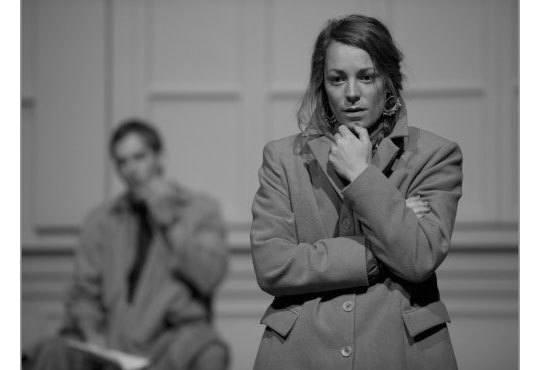 Интригуващ съдебен процес на сцената на Театър София! Гледайте Нощта на 16ти януари от Айн Ранд на 11.12 от 19ч - Снимка 2