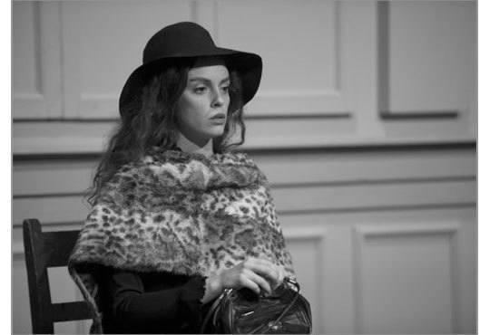 Интригуващ съдебен процес на сцената на Театър София! Гледайте Нощта на 16ти януари от Айн Ранд на 11.12 от 19ч - Снимка 3