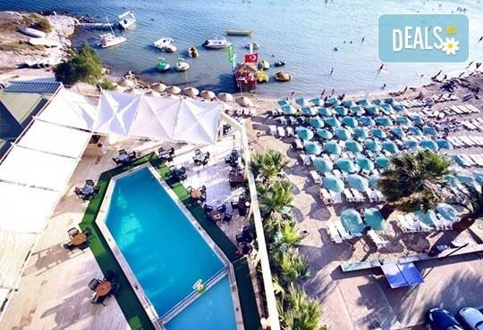 Майски празници 2016 в Турция! 5 нощувки на база All Inclusive в Tuntas Hotel Didim 3*, Дидим, възможност за транспорт - Снимка 1