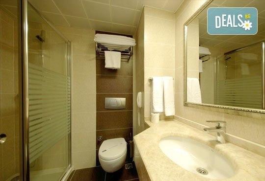 Майски празници в Мармарис, Турция! Paşa Beach Hotel 4*, 5 нощувки на база All Inclusive, възможност за транспорт - Снимка 4