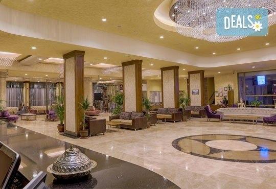 Майски празници в Мармарис, Турция! Paşa Beach Hotel 4*, 5 нощувки на база All Inclusive, възможност за транспорт - Снимка 6