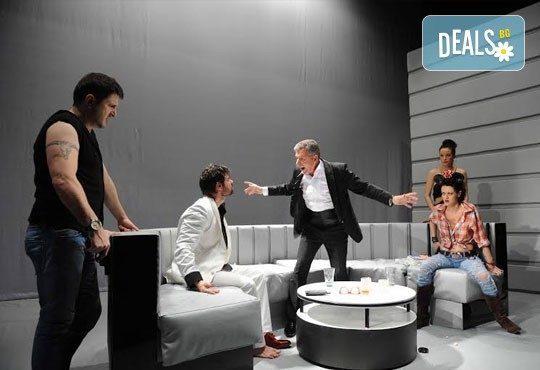 Гледайте Асен Блатечки в ''Пуканки'', на 14.12., от 19 ч, Театър Открита сцена ''Сълза и смях'' - Снимка 6