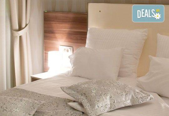 Нова година на брега на Которският залив! 4 нощувки със закуски и вечери в хотел Lighthouse 4*, транспорт и програма - Снимка 5