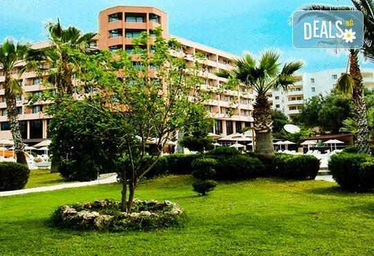 Ранни записвания 2016 година в Дидим, Турция! Майски празници в The Holiday Resort 4*: 4/7 нощувки на база All Inclusive! - Снимка 2