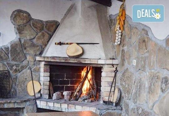 Почивка през декември в Троянския балкан! От 1 до 4 нощувки в уютни къщички, хотел Света гора, с. Орешак - Снимка 10