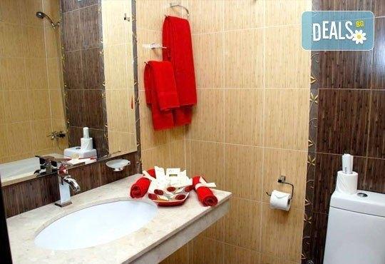 Приказна зимна почивка в хотелски комплекс Пири 3*, с.Баня! 1/2/3 нощувки с изхранване по избор, ползване на СПА! - Снимка 3