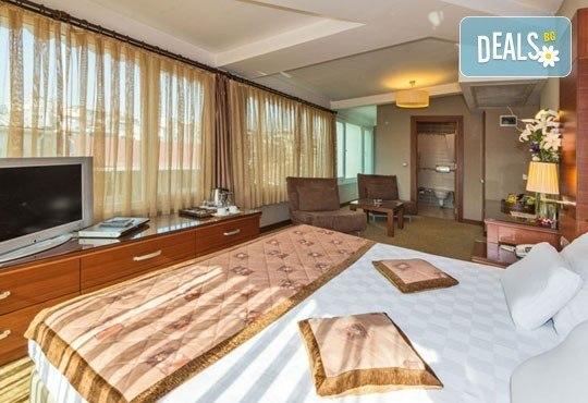 Нова Година в Истанбул! 3 нощувки със закуски в хотел Vatan Asur 4*, транспорт, водач и посещение на Одрин и МОЛ Форум! - Снимка 4