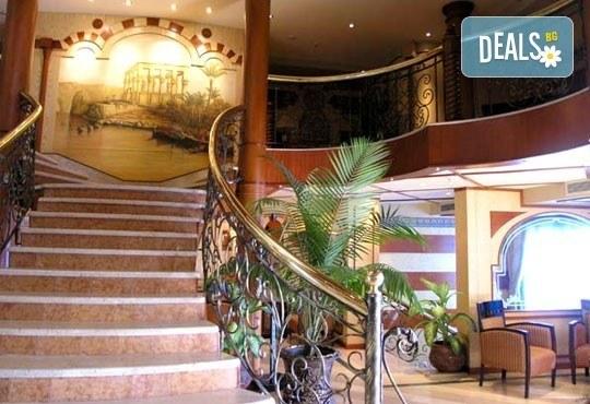 За Нова година круиз по Нил! 4 нощувки All Incluslive в Хургада и 4 нощувки, закуски, обеди, вечери на кораб Emilio Cruise Ship 5*! - Снимка 11