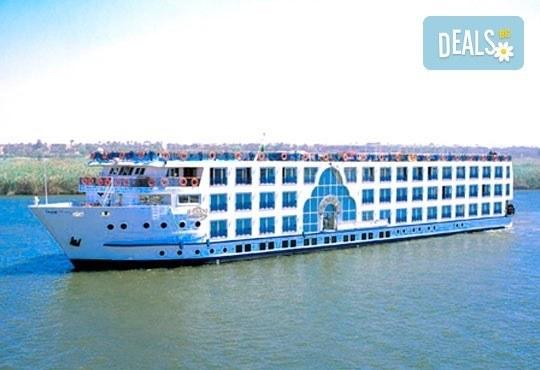 За Нова година круиз по Нил! 4 нощувки All Incluslive в Хургада и 4 нощувки, закуски, обеди, вечери на кораб Emilio Cruise Ship 5*! - Снимка 8