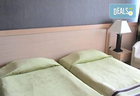 Празнична почивка в Пампорово! 2 нощувки с 2 закуски в хотелАлкочлар Гранд Мургавец4*, безплатно за дете до 11г.! - Снимка 7