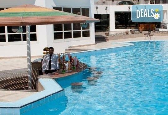 Last Minute! Нова година в Египет! 9 дни и 8 нощувки на база All Incluslive в Minamark Resort and SPA 4*, Хургада - Снимка 14