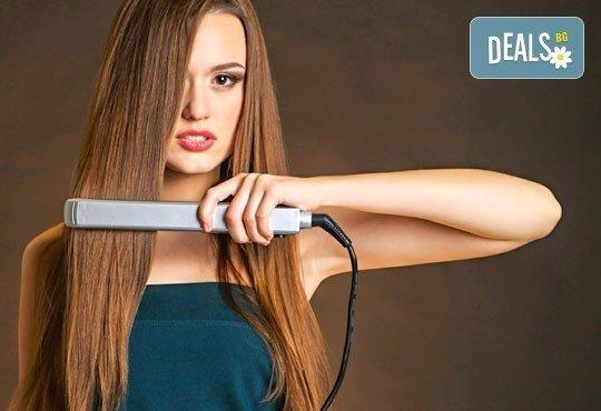В крак с новите технологии! Терапия за коса с ботокс, хиалурон и кератин, инфраред преса и прическа в салон Хасиенда! - Снимка 3