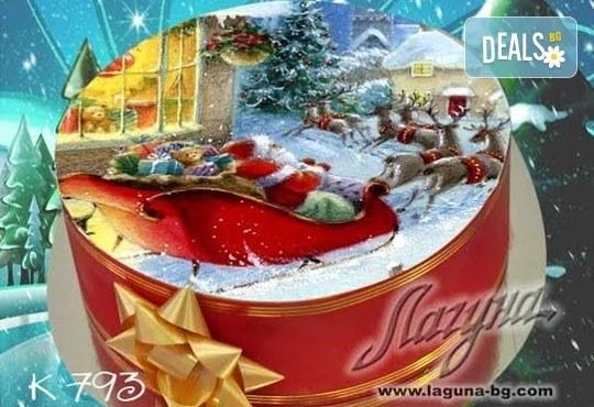 Приказна коледна детска тортичка с празнична картинка и вълшебно вкусен сочен крем от Виенски салон Лагуна - Снимка 9