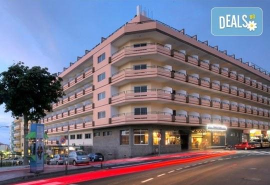 Last Minute Нова година на Канарските острови! Хотел Elegance Dania Park 4*, Тенерифе - 5 нощувки, закуски и вечери, самолетен билет - Снимка 3