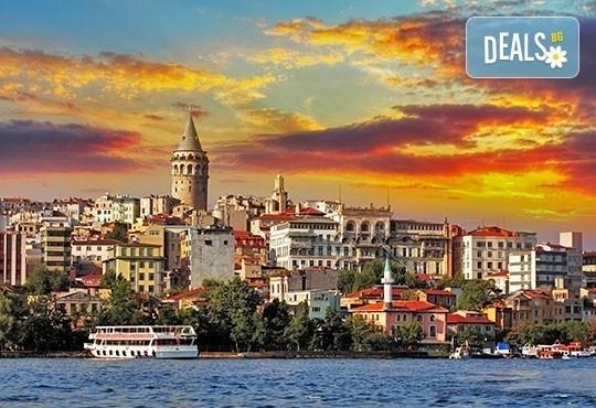 Нова година в незабравимия Истанбул! 2 нощувки със закуски в Gold 3*, транспорт и посещение на МОЛ Форум Истанбул и Одрин! - Снимка 3