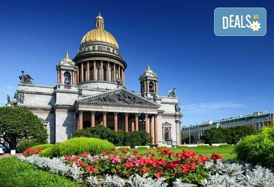 Ранни записвания за екскурзия през юли до Санкт Петербург, Русия! 4 нощувки със закуски и вечери, самолетен билет и богата програма! - Снимка 3