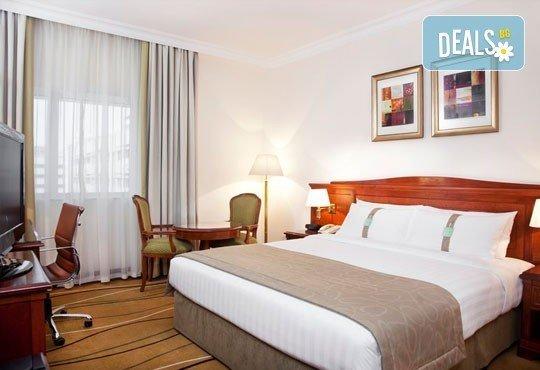Super Last Minute! Посрещнете Нова година в Holiday Inn Downtown 4*, Дубай! 4 нощувки със закуски, билет, трансфери и водач! - Снимка 7