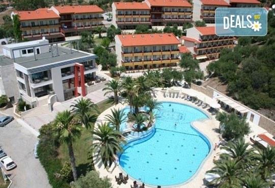 От май до септември 2016 в Lagomandra Beach Hotel 4*, Халкидики: 4 или 5 нощувки в двойна супериор стая, със закуски и вечери! - Снимка 11