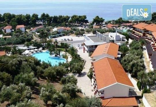 От май до септември 2016 в Lagomandra Beach Hotel 4*, Халкидики: 4 или 5 нощувки в двойна супериор стая, със закуски и вечери! - Снимка 9
