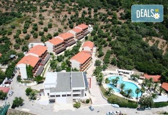 От май до септември 2016 в Lagomandra Beach Hotel 4*, Халкидики: 4 или 5 нощувки в двойна супериор стая, със закуски и вечери! - Снимка 10