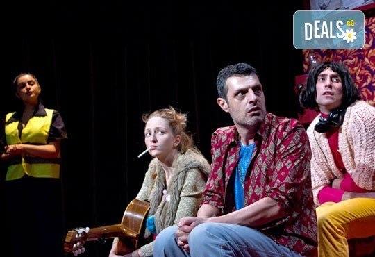 """Гледайте """"Двама бедни румънци, говорещи полски"""" на 16.01. от 19ч. в ТР Сфумато с билет за един! - Снимка 8"""