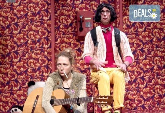 """Гледайте """"Двама бедни румънци, говорещи полски"""" на 16.01. от 19ч. в ТР Сфумато с билет за един! - Снимка 6"""