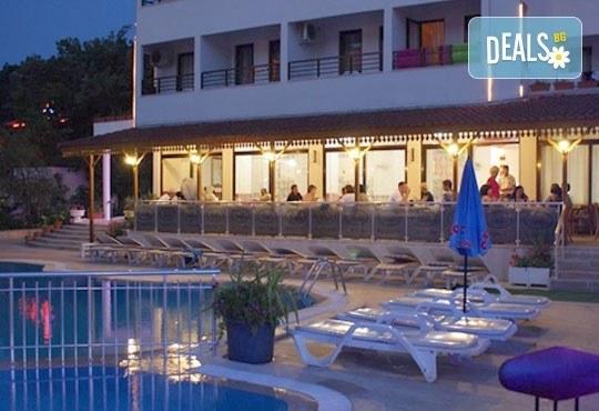 Ранни записвания за Майски празници в Dora Portofino 3*, Мармарис! 5 нощувки на база All Inclusive, възможност за транспорт! - Снимка 9