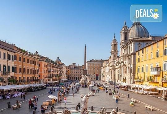 Самолетен уикенд за Св. Валентин в Рим, с Лале тур! 3 нощувки със закуски в хотел 3*, самолетен билет и летищни такси - Снимка 5