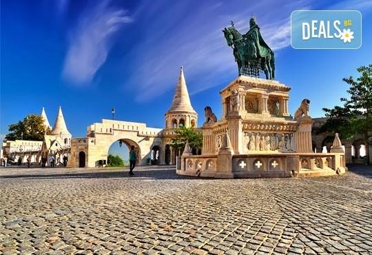 Романтична разходка в Будапеща! 4-дневна екскурзия с 2 нощувки със закуски, транспорт и водач от Глобус Турс! - Снимка 3