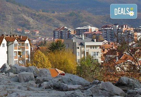 На 13 и 14.01. отпразнувайте по стар стил сръбската Нова година в Нишка Баня! 2 дни, 1 нощувка със закуска и транспорт! - Снимка 4
