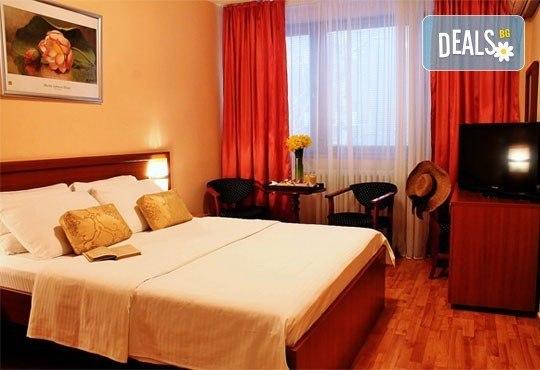 Посетете столицата на Сърбия - Белград през януари! 2 нощувки със закуски в Hotel Rex 3* от Прайм Холидейс! - Снимка 8