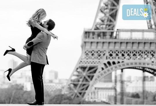 Приказна екскурзия за Свети Валентин до Париж! 3 нощувки със закуски на човек в хотел 3*, самолетен билет и екскурзовод - Снимка 3
