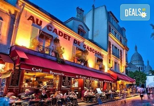 Приказна екскурзия за Свети Валентин до Париж! 3 нощувки със закуски на човек в хотел 3*, самолетен билет и екскурзовод - Снимка 4
