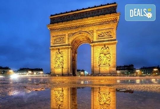 Приказна екскурзия за Свети Валентин до Париж! 3 нощувки със закуски на човек в хотел 3*, самолетен билет и екскурзовод - Снимка 9