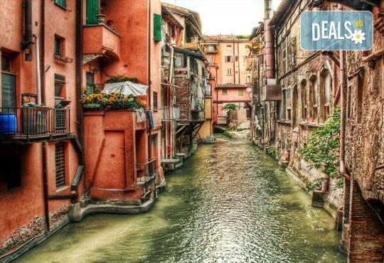 Екскурзия до очарователната Тоскана през март, с Дари Травел! 5 нощувки, 5 закуски, 3 вечери, самолетен билет и автобусен транспорт! - Снимка 10