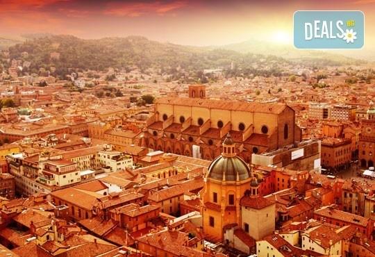 Екскурзия до очарователната Тоскана през март, с Дари Травел! 5 нощувки, 5 закуски, 3 вечери, самолетен билет и автобусен транспорт! - Снимка 3