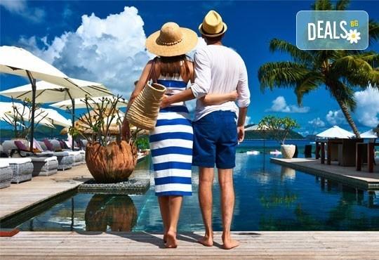 Екзотична почивка през март на Сейшелските острови: 7 нощувки и закуски в Savoy Resort and Spa 5* и самолетни билети - Снимка 1