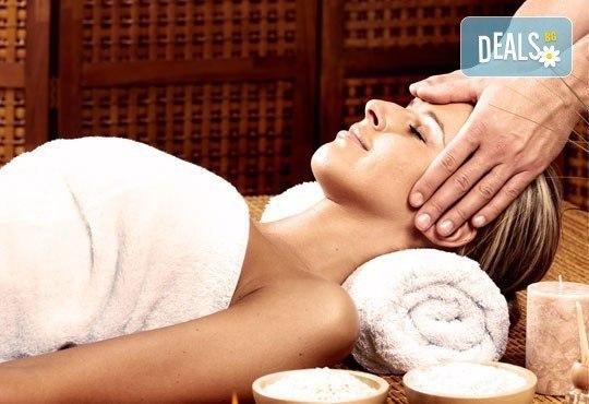 Масаж на цяло тяло, лице, глава и рефлексотерапия с диамантено олио в студио Relax Beauty&Spa! - Снимка 1