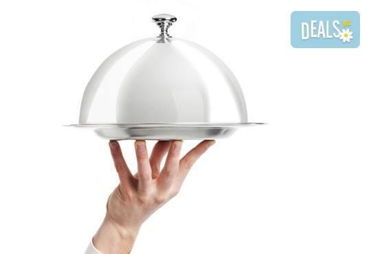По традиционна рецепта! Задушен джолан в гърне с гарнитура картофено пюре и сос от кулинарна работилница Деличи! - Снимка 2