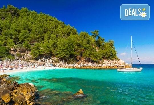 Ранни записвания за уикенд почивка през май и юни на о. Тасос, Гърция! 2 нощувки и закуски, транспорт и фериботни такси! - Снимка 1