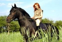 30-минутна конна езда с водач или урок по конна езда с инструктор, конна база Драгалевци