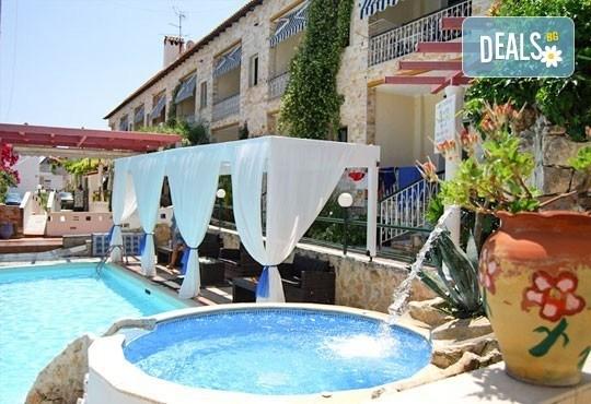 Майски празници на Халкидики, Гърция! 3 нощувки със закуски и вечери в Philoxenia Spa Hotel, транспорт и обиколка на Солун! - Снимка 1