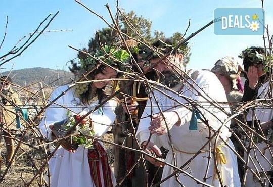 Празник на Керацудата в Пирин! Еднодневна екскурзия до село Илинденци с екскурзовод и транспорт от Солео 8! - Снимка 4