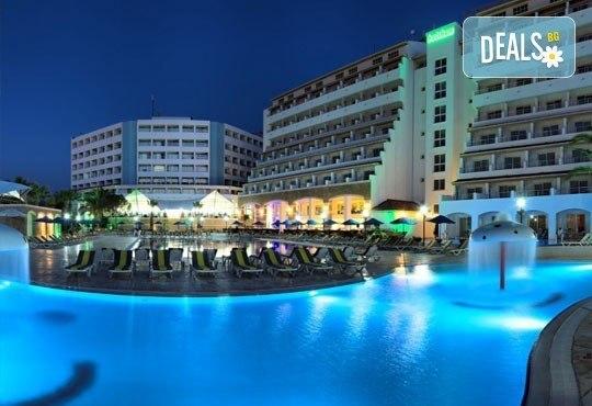 Майски празници в Batihan Beach Resort 4*+, Кушадасъ, Турция! 5 нощувки на база All Incl, възможност за транспорт, от Вени Травел! - Снимка 2