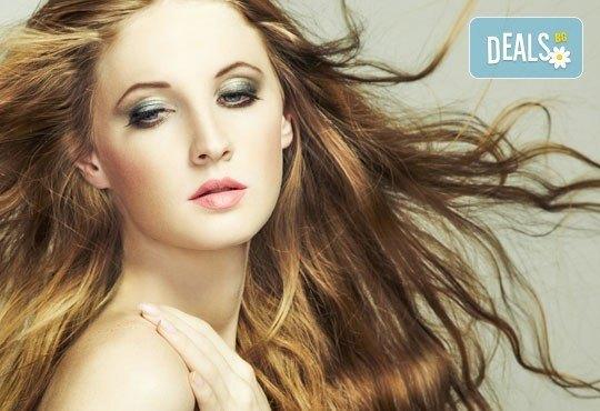 Хидратираща или кератинова терапия, подстригване, сешоар и маникюр с OPI или Bluesky по избор от ADI'S Beauty & SPA! - Снимка 1
