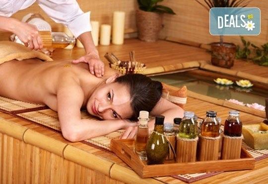 Открийте хармонията с традиционен тайландски масаж на гръб и ароматерапия в салон Nails club в Младост 4! - Снимка 5