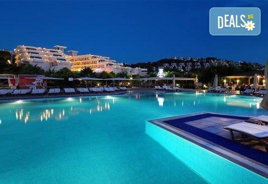 Майски празници в Бодрум, Турция! 4 нощувки в хотел Golden Age 4* на база All Inclusive, възможност за транспорт! - Снимка 2