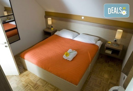 До Словения с екскурзия през април! 2 нощувки със закуски в Терме Чатеш 3*, ползване на минерален басейн, джакузи и водни пързалки! - Снимка 3