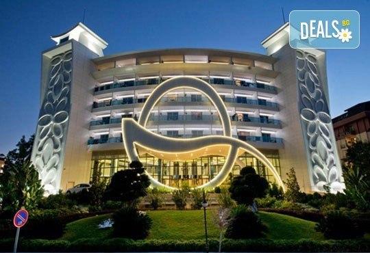 Ранни записвания за Майски празници в Анталия! 5 нощувки на база All Inclusive в хотел Q Premium Resort 5*! - Снимка 1