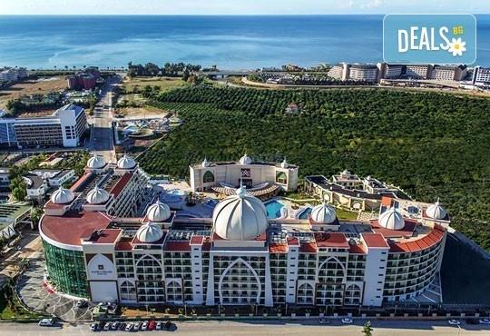 Майски празници в Анталия, Турция! 5 нощувки на база Ultra All Inclusive в хотел Xafira Deluxe Resort&Spa 5*! - Снимка 17
